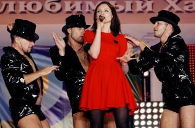 Эллис Бекстор с балетом Любовники