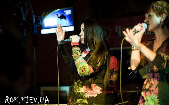 концерт Диля и Астарта в клубе 44
