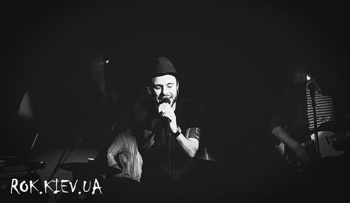 концерт SunSay в клубе 44