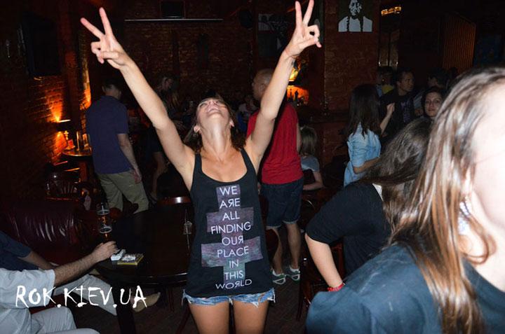 BRI-танцы в клубе 44