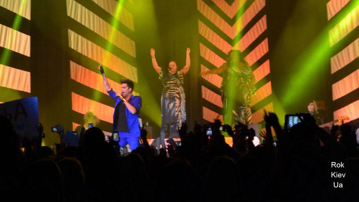 фото концерт Adam Lambert в Киеве